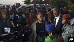 Alassane Ouattara, le président ivoirien s'est rendu à Grand-Bassam où des djihadistes ont tué au moins 15 civils, 13 mars 2016.