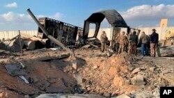 ارتش آمریکا گروهی از روزنامه نگاران را برای بازدید از محل حمله اعزام کرد.