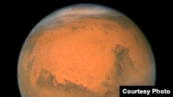 Two Martian Probes Will Soon Orbit Red Planet