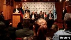 """La fiscal Ortega, quien el lunes anunció que desconoce la Constituyente, dijo que la versión de la firma Smartmatic """"es un elemento más de todo el proceso fraudulento, ilegal e inconstitucional que representa"""" la iniciativa del gobernante socialista."""