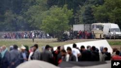 اکثر کشورهای اروپایی شرایط سختگیرانه را بر پناهجویان، به ویژه افغانها نافذ کرده اند.