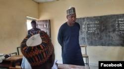 Gwamna Zulum a tsaye (Facebook/ Gwamnatin Borno)