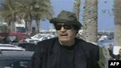 Резиденция Каддафи пострадала от воздушного удара