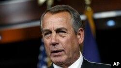 El expresidente de la Cámara de Representantes, criticó los primeros cien días de mandato de Donald Trump y los esfuerzos republicanos para reformar la ley de salud y la ley de impuestos.