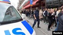 2017年4月7日,瑞典斯特哥尔摩市中心一家百货公司遭到卡车冲撞,造成人员死亡。