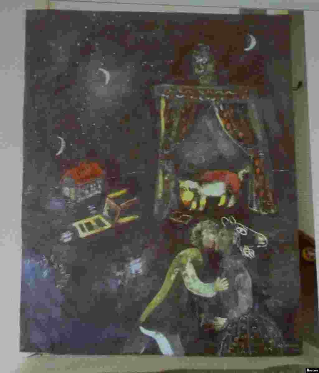 Une peinture, auparavant inconnue de l'artiste français Marc Chagall, est l'un des tableaux trouvés dans un appartement de Munich en 2011.