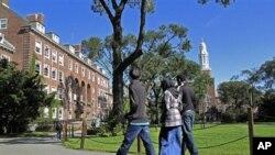 Universidades nos EUA contra vigilância de estudantes islâmicos