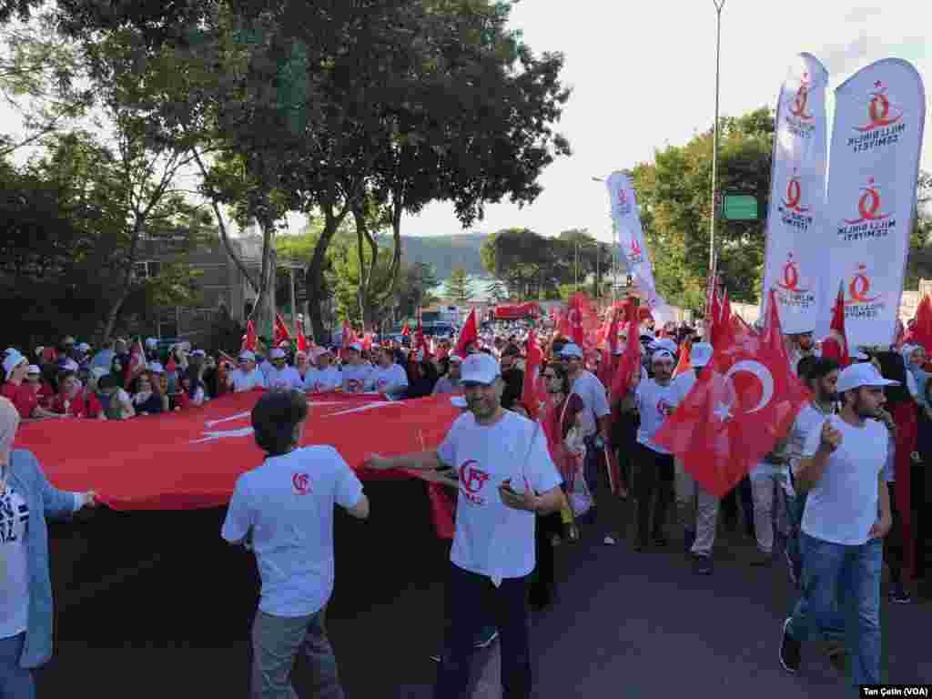 15 İyul Demokratiya və Milli Birlik Yürüşü