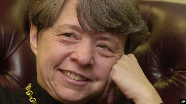 Media reports say U.S. President Barack Obama has chosen Mary Jo White, shown in this picture dated January 4, 2002, to head the Security and Exchange Commission.
