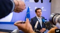 希臘總理齊普拉斯2015年7月13日在布魯塞爾舉行的歐元區領導人峰會後發表講話。