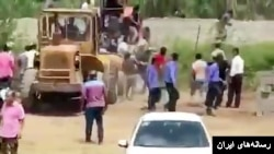 ویدئویی از تیراندازی نیروی هوایی ارتش در محمود آباد مازندران منتشر شده است.