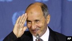9月20号利比亚过渡政府总理贾布里勒到纽约参加联合国大会