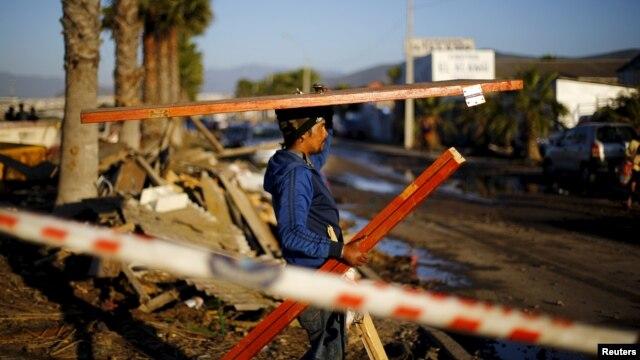 El terremoto de 8,3 que sacudió Chile el pasado 17 de septiembre dejó 13 muertos y miles de damnificados cuyos hogares fueron destruidos.