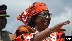 Joyce Banda a évoqué de « graves irrégularités », mais des responsables électoraux ont immédiatement contesté sa décision
