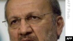 Muttaki: Clinton Kamuoyunu İran Hakkında Yönlendirmeyi Deniyor