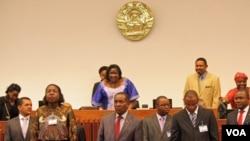 Membros do governo de Moçambique no Parlamento (foto de arquivo)