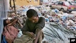 کابل کې د قاچاق کوونکو شمیر په زیاتېدو دی