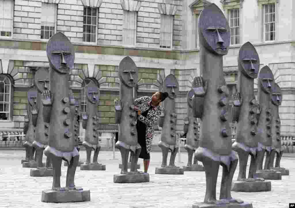 آغاز نمایشگاه هنر «۱:۵۴» در لندن.