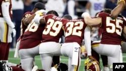 Les joueurs des Washington Redskins lors d'un match contre les Dallas Cowboys, Texas, le 29 décembre 2019.