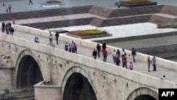 Nimic: Shkupi serioz për zgjidhjen e mosmarrëveshjes me Greqinë