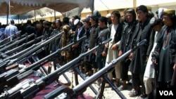 اوړمه ورځ شاوخوا ۲۵۰ داعش وسله وال د جوزجان ولایت د درزاب په ولسوالۍ کې افغان پوځ ته تسلیم شول