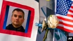 Brian Sicknick, polisi yang meninggal akibat penyerbuan ke Gedung Capitol (foto: dok).