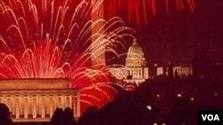 Los fuegos artificiales son una bonita tradición para celebrar la independencia en Estados Unidos.