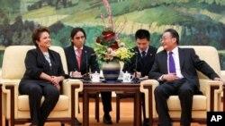 """Cimeira """"BRICS"""": Países emergentes tentam aproximar posições"""