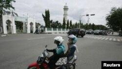 Suasana kota di Banda Aceh, yang melarang warga merayakan malam Tahun Baru, menyusul fatwa ulama setempat bahwa perayaan Tahun Baru adalah haram. (Foto: Dok)