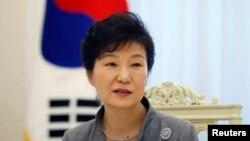 Presiden Park Geun-hye di Kantor Kepresidenan Korea Selatan, Gedung Biru, Seoul, 16 September 2014 (Foto: dok). Park akan diinterogasi tim jaksa Korea Selatan, terkait skandal korupsi yang membuatnya tersingkir dari jabatannya, pekan depan.