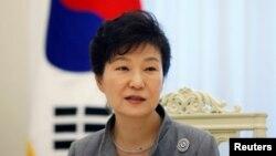 Tổng thống Park Geun-hye trong một cuộc phỏng vấn năm 2014.