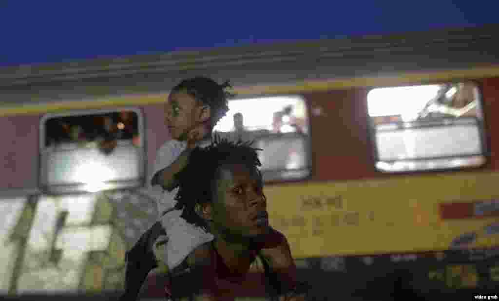 Migrants Macedonia-Greek Border, Gevgelija 7 September 24, 2015