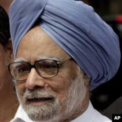 India's PM Urges Anti-Corruption Activist to End Fast