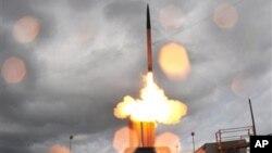 지난 2008년 6월 미국 하와이주 카우아이에서 실시된 '사드' 고고도 미사일 방어체제 시험 발사 장면. (자료사진)