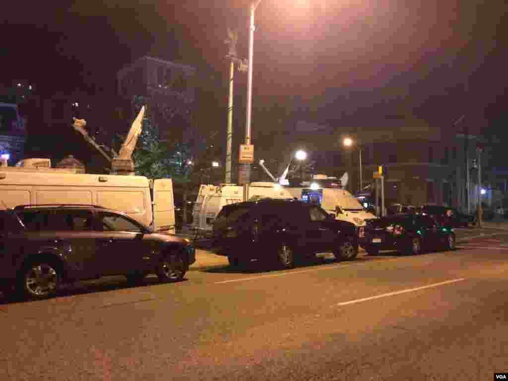 巴尔的摩已经宵禁的街头(美国之音王子扬拍摄)