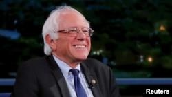 Le sénateur progressiste Bernie Sanders lors d'une émission de télévision à New York, 23 juin 2017.