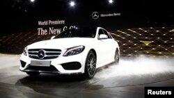 آخرین مدل خودرو مرسدس بنز (۲۰۱۵)