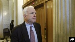 ສະມາຊິກສະພາສູງສະຫະລັດ ທ່ານ John McCain