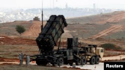 Batería de misiles Patriot estadounidenses desplegada en Turquía en previsión de un ataque desde Siria.