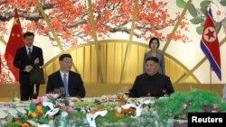 김정은 북한 국무위원장과 시진핑 중국 국가주석이 20일 목란관에서 열린 환영만찬에 참석했다.