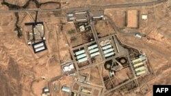 Satelitski snimak iranskog vojnog kompleksa Parčin, nedaleko od Teherana