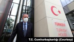 Amerikan CBS televizyonu, Cumhurbaşkanı Erdoğan'la Birleşmiş Milletler Genel Kurul toplantıları çerçevesinde New York'ta bulunduğu sırada Salı günü özel bir röportaj yapmıştı. Tamamını yarın (Pazar) yayına vermeyi planlayan CBS, röportajın bazı bölümlerini önceden yayınladı