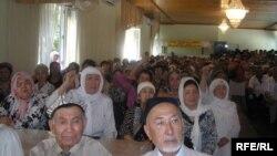 چین اویغور مسلمانان اسلام پرېښودلو ته اړباسي