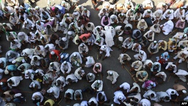 Negara-negara tetangga 'muslim' ini di antaranya Afghanistan, Pakistan dan Bangladesh.