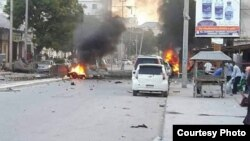 Scene of explosion in Mogadishu, Somalia, May 8, 2017. (Photo courtesy Somalia National News Agency, SONNA)