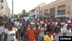 Manifestação em S.Vicente contra centralismo do poder