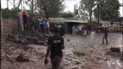 Affrontements entre électeurs et la police dans le bidonville de Nairobi (vidéo)