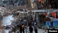 Tổn thất do vụ nổ gần một tòa nhà an ninh ở thành phố Mansoura, tỉnh Dakahlyia, đông bắc Ai Cập gây ra