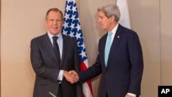 美國國務卿克里與俄羅斯外長拉夫羅夫星期一﹐在日內瓦見面。