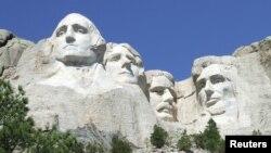 အေမရိကန္ျပည္ေထာင္စု သမၼတမ်ား George Washington, Thomas Jefferson, Theodore Roosevelt , Abraham Lincoln